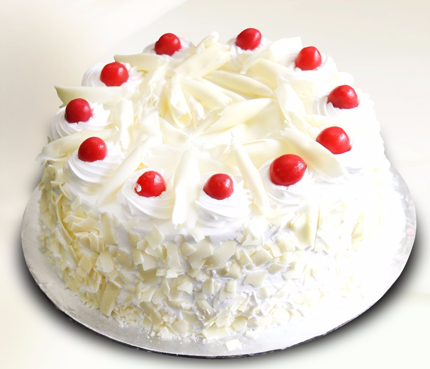 White Chocolate Red Velvet Mud Cake